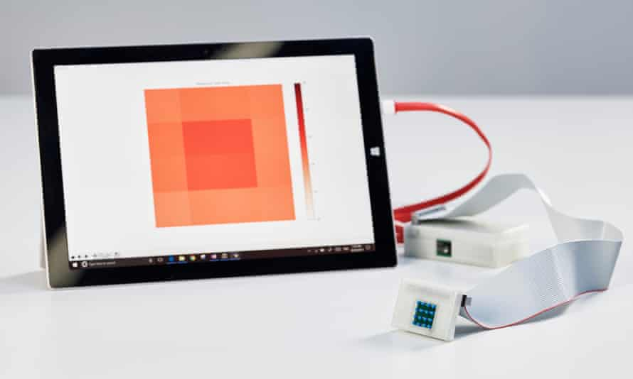 The sKan detects melanomas by measures skin temperature to quickly and accurately identify melanoma.