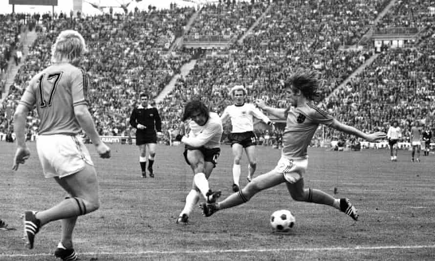 Gerd Müller scores the winner for West Germany in the 1974 World Cup final.