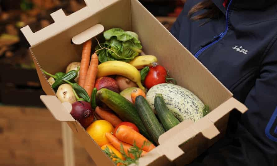 An typical Lidl veg box.