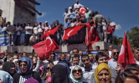 Supporters of Recep Tayyip Erdoğan in Istanbul