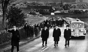 Ibrox Disaster funeral for Peter Easton Douglas Morrison and George Todd undertakers leading procession of cars January 1971<br>B4M5R0 Ibrox Disaster funeral for Peter Easton Douglas Morrison and George Todd undertakers leading procession of cars January 1971