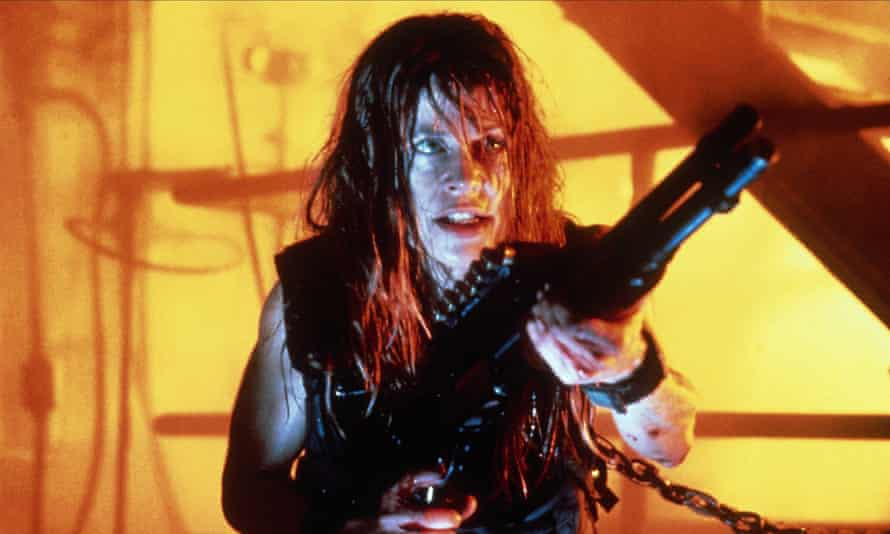 Que Sarah, Sarah ... Linda Hamilton in Terminator 2: Judgment Day.