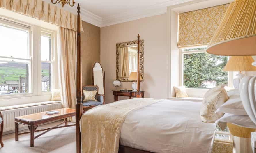 Elegance and comfort: the Burgoyne