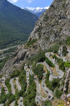 The riders tackle the 782m climb up Lacets De Montvernier during the 175.5km twelfth stage between from Bourg-Saint-Maurice Les Arcs to Alpe d'Huez.