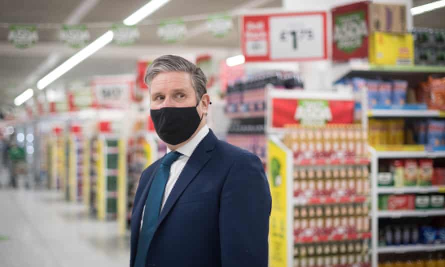 Keir Starmer at a community pharmacy vaccination centre in Asda Watford Supercentre, February 2021
