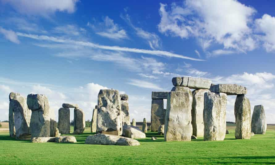 During the building of Stonehenge, around 2500BC, gene records show Sone Age Britons were replaced by Bronze Age Beaker folk.