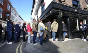 Queues outside the York Roast Co.