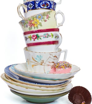stack of tea cups and saucers make your mother in law - What To Get Your Mother In Law For Christmas