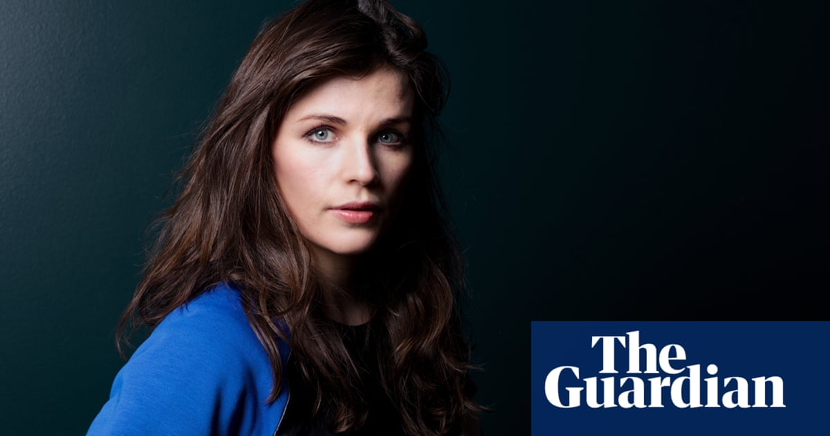 Aisling Bea: 'My father's death has given me a love of men