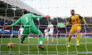 Glenn Murray's goal at Swansea earned Brighton their second straight away win in the Premier League.
