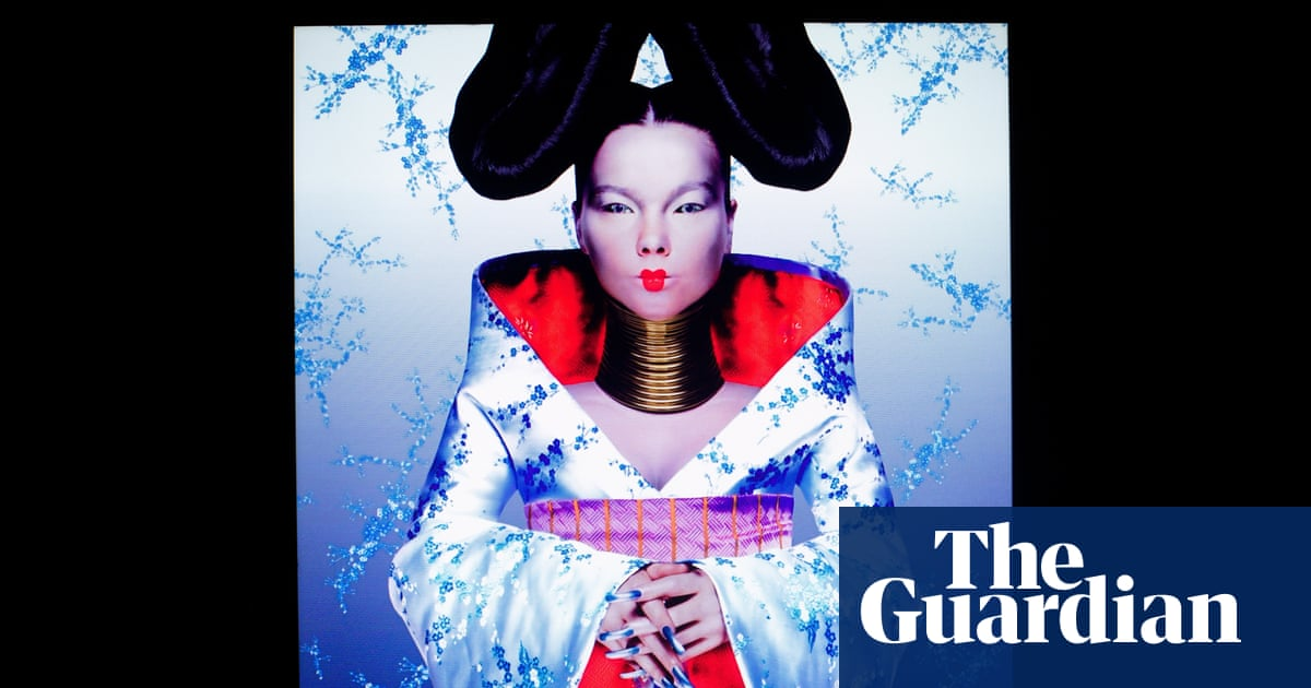 V&A hosts Europe's first major exhibition on kimono