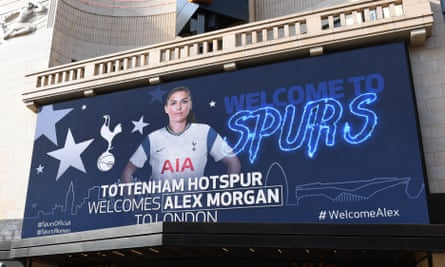 Tottenham announce the signing of Alex Morgan on a large screen in Leicester Square.