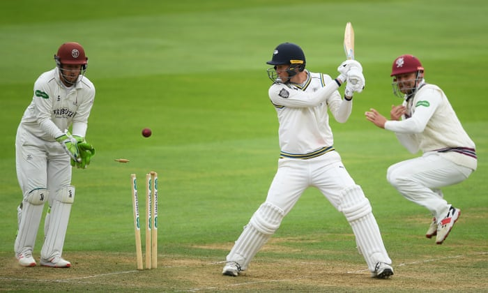 County Cricket Yorkshire Collapse Hands Somerset Title