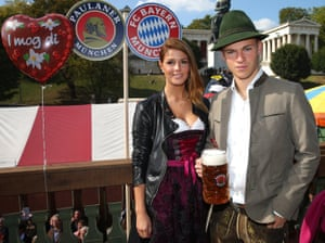 Also serious looking is Joshua Kimmich as he poses with his girlfriend Lina Meyer