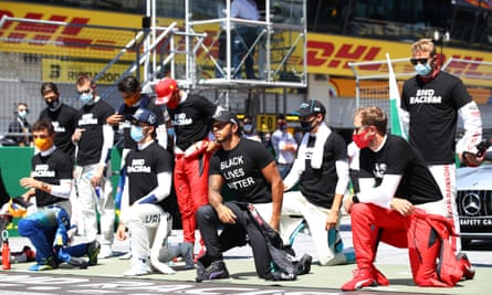 Lewis Hamilton and other F1 drivers take a knee before the Austrian GP.