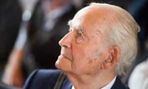 Auschwitz survivor Leon Schwarzbaum at the trial of Reinhold Hanning this June.