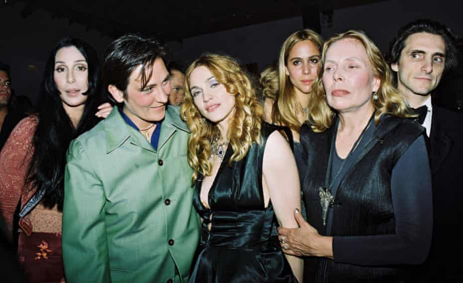 kd lang with Cher, Madonna, Joni Mitchell and others at the Vanity Fair post-Oscar party in 1998.