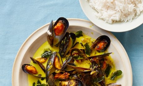 Thomasina Miers' recipe for mussels with coconut, turmeric and jasmine rice