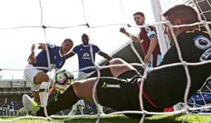 Everton's Phil Jagielka scores against Burnley