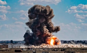 Baghuz, Syria: Smoke and fire billow after shelling of Islamic State's last holdout