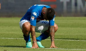 Lorenzo Insigne reacts to Napoli's 2-2 draw with Torino.
