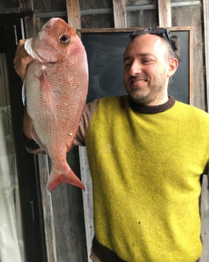 Xand Blee and the 4kg snapper he caught on his first sea kayaking trip since New Zealand eased its lockdown restrictions.