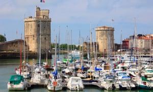 France, Poitou-Charentes, La Rochelle, Vieux Port, towers,