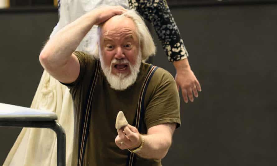 Losing face … John Tomlinson in rehearsal as Ivan Yakovlevich.