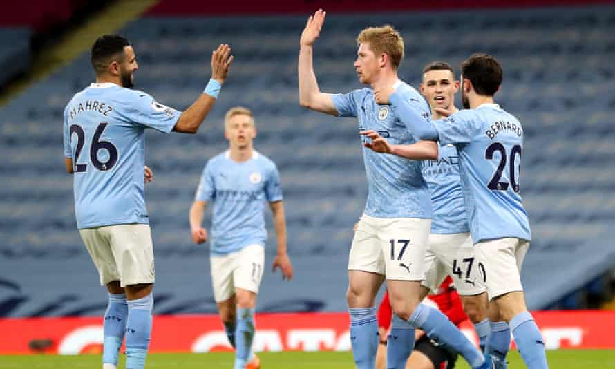 De Bruyne And Mahrez Double Up In Manchester City S Rout Of Southampton Premier League The Guardian