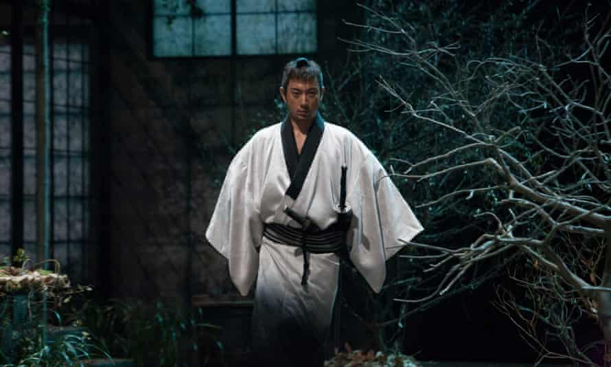 Ebizô Ichikawa in the play within the film Over Your Dead Body.