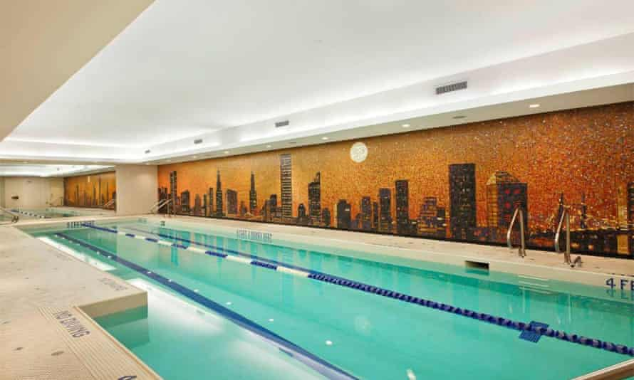 Residents enjoy the use of a spa and swimming pool.