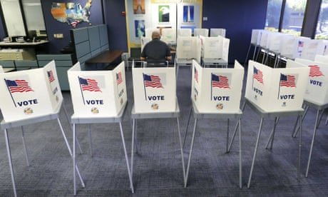 US judge rules Florida felons can vote without paying legal fees