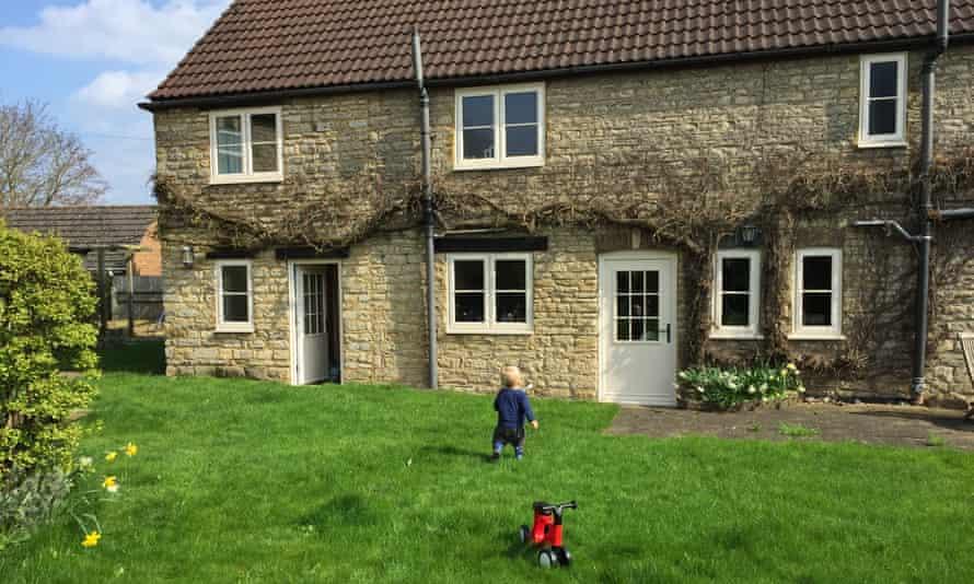 Elizabeth's home in Northamptonshire