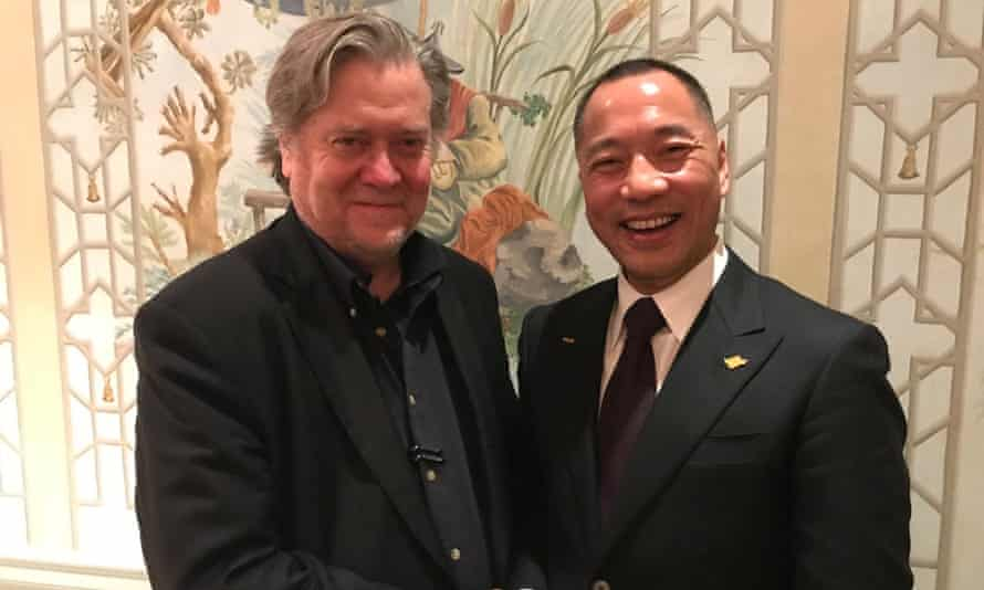Guo Wengui with former senior Trump aide Steve Bannon via his Twitter account.