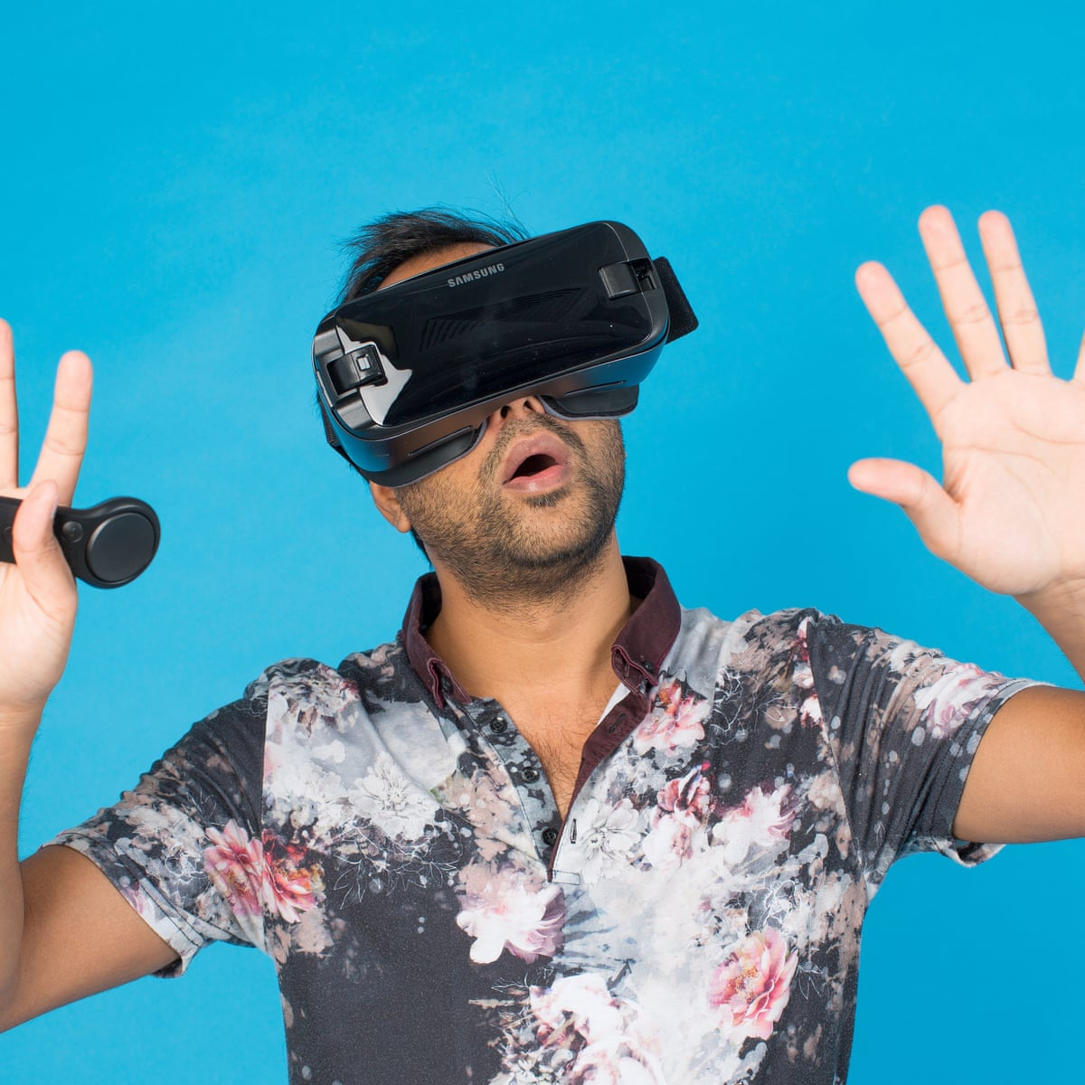 Samsung Gear VR – can a virtual-reality app save me from digital overload?    Virtual reality   The Guardian