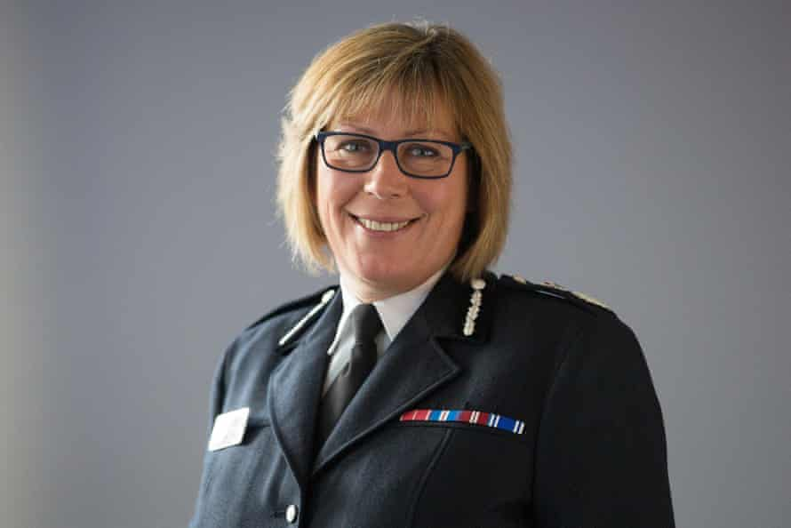 Sue Fish in her police uniform. She led Nottinghamshire police until 2017