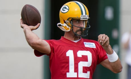 Aaron Rodgers's rift with Packers appears to be ending as QB arrives for training