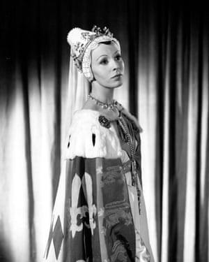 1955 as Lady Anne in Richard III