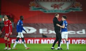 Duncan Ferguson celebrates with Séamus Coleman at Anfield.