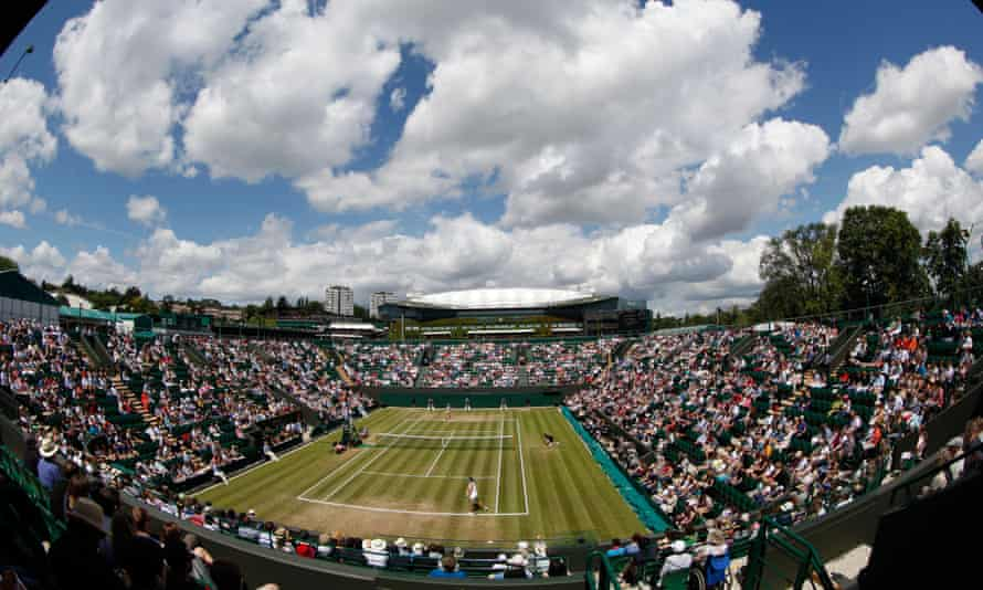 Experience a classic sport in the summer, the Wimbledon.