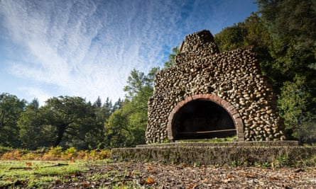 Portuguese Fireplace in The New Forest near Lyndhurst. The fireplace remains from a Portuguese camp in the First World War.
