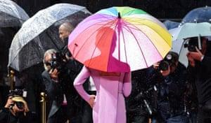 London, UKRenee Zellweger poses for photographs during 'Judy' film premiere