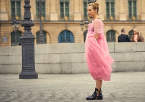 Jodie Comer wearing a pink Molly Goddard dress in the TV series Killing Eve