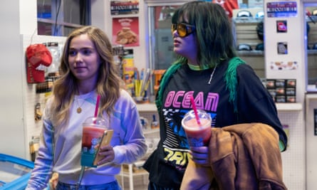 Haley Lu Richardson and Barbie Ferreira in Unpregnant, a film rocky in places but unquestionably worthwhile.