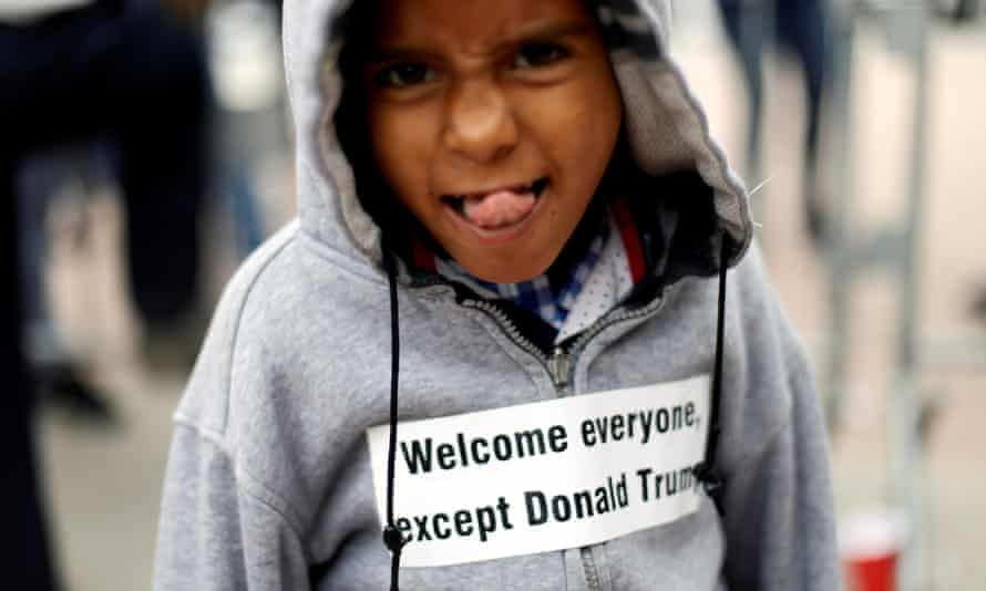 A child with a message for Trump near the San Ysidro checkpoint, 30 April