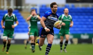 Sale Sharks' Danny Cipriani breaks clear to score the game's final try during the Aviva Premiership match against London Irish.