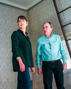 Nicola Walker as Anna and Alun Armstrong as Edward.