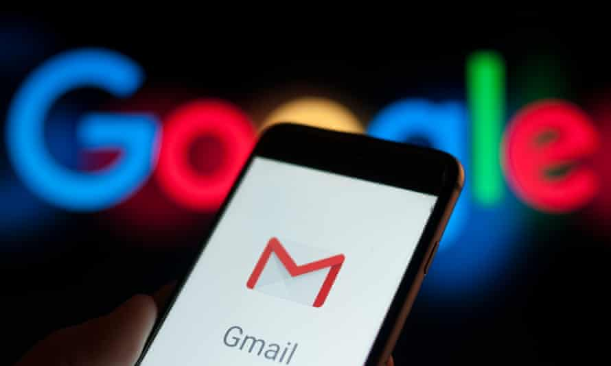 Google Mail on a mobile phone