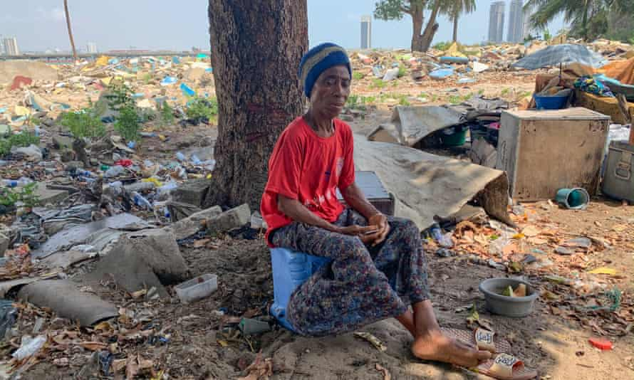 Comfort Obinna is still living at the spot in Tarkwa Bay Beach in Lagos where her home was demolished