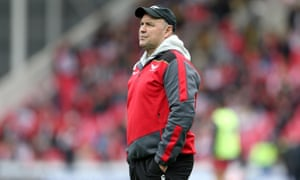 Wayne Pivac looks on as Scarlets beat La Rochelle in last month's European Champions Cup quarter-final to set up the semi-final date with Leinster.